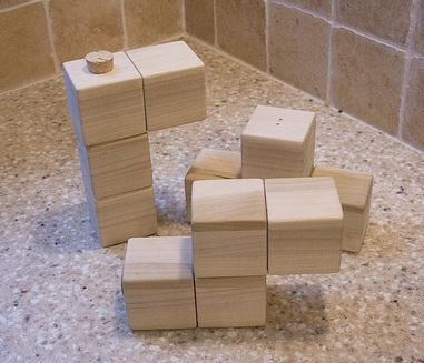 tetris salt and pepper grinder