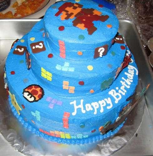 retro gaming cake design