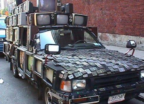 tv-car