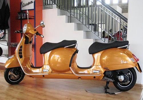 Stretch Vespa four Seater Scooter