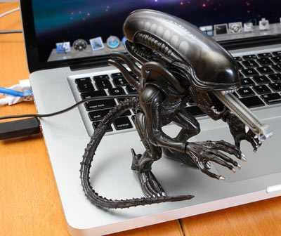 USB Light Up Alien 1
