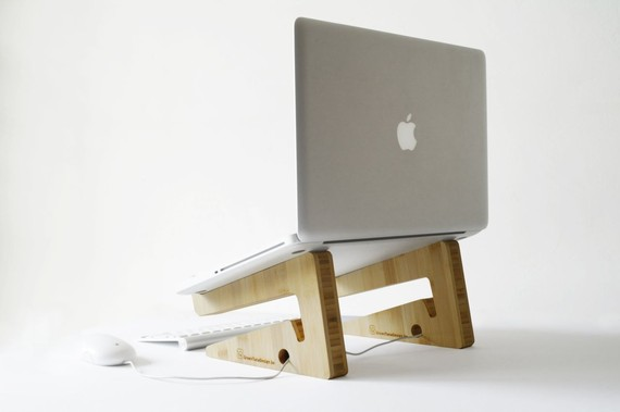 Puzzle Shaped Laptop Stand Mac 1